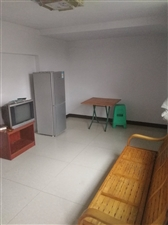 希田花园2室 1厅 1卫700元/月