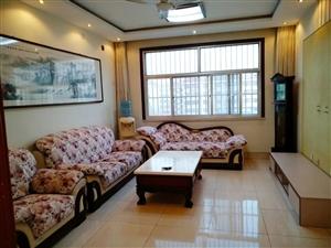 阳光花园3室 2厅 1卫1500元/月