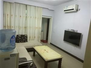 老县医院旁边2室 1厅 1卫900元/月