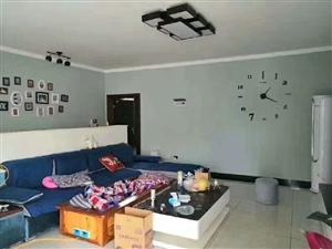 桂花园4室 2厅 2卫71.8万元