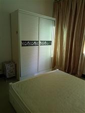 解放路祥龙苑3室 1厅 1卫1350元/月