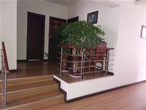 枫香庭小区3室 2厅 2卫68.8万元