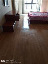 景湖铂领公寓1室 1厅 1卫750元/月
