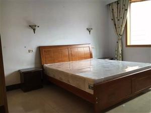 祥龙苑4室3厅2卫1跃层套房出租,价格面议