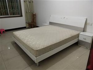 仁寿大道大富豪小区3室 2厅 2卫600元/月
