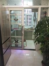 中鹏嘉年华3室 2厅 1卫63万元