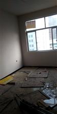 急救中心路北3室 1厅 1卫700元/月