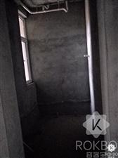 领秀城3室 2厅 2卫33万元