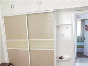 兰泽园3室 2厅 1卫550元/月