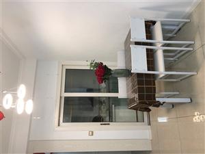 山台山2室2厅1卫1300元/月