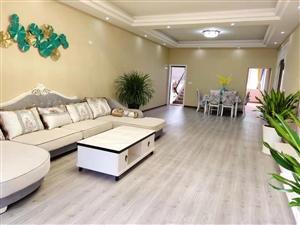 三转盘2楼4室 2厅 2卫69.8万元