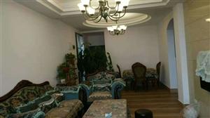 桂花苑小区4室 2厅 2卫93.8万元