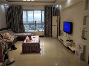 凤凰学区房花灯广场附近4室 2厅 2卫65万元