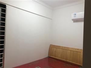 凤冠天下2室 1厅 1卫1400元/月