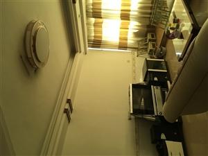 景秀公寓小区4室 2厅 2卫1180元/月