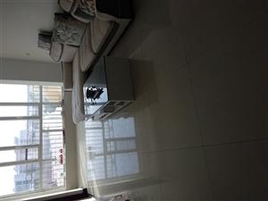 世博大厦2室 2厅 1卫1300元/月