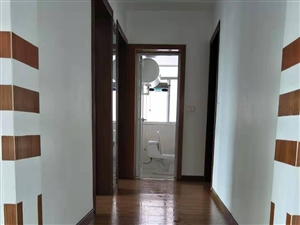 茶海花园3室 2厅 2卫800元/月