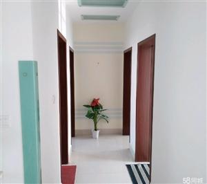 康居花园103平米精装3室 2厅 1卫62万元