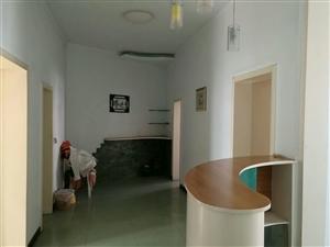 桂花街天然气公司宿舍2室 2厅 1卫30万元