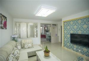�龙门佳苑,地上1楼,97平精装地暖,3室2厅,69.8万