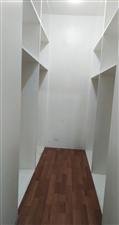 新华大桥包萝街1室 0厅 1卫590元/月