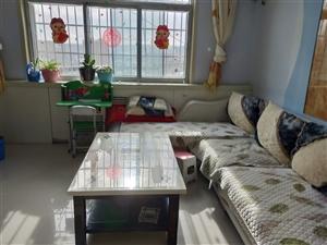 低价出售、周边有幼儿园、二完小、府中
