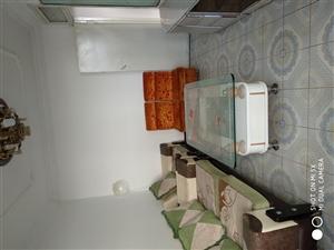 北关中医院附近房出租2室 2厅 1卫950元/月