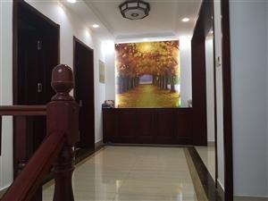 华泰东方威尼斯4室 4厅 3卫300万元
