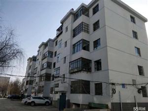 建设街区3室 2厅 1卫27万元