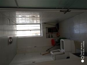 富华市场东地暖房出租1室 1厅 1卫750元/月