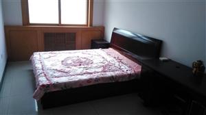 谷香园小区3室 2厅 2卫1200元/月