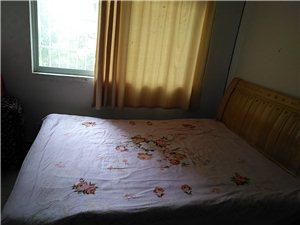 汉水名城1室 1厅 1卫550元/月