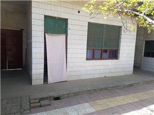 阳庄村四组平房1室 0厅 0卫150元/月