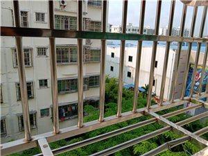 元亨街老市政府大院上林苑小区3室 2厅 1卫70万元