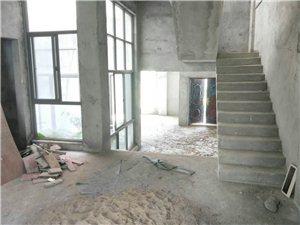 瑞海水城4室 3厅 2卫240万元