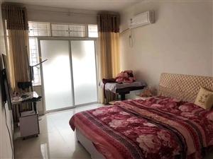 白石坡小区3室 2厅 1卫26万元