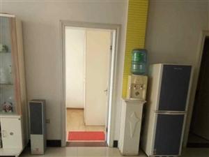 九龙华府3室 2厅 1卫1250元/月