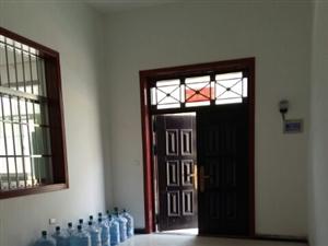 老实人北焦村2室 2厅 2卫800元/月