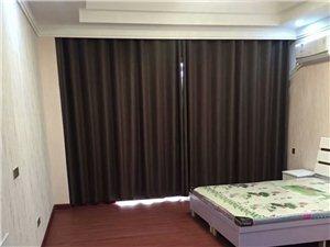 辉隆大市场公寓1室 1厅 1卫1250元/月