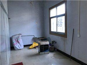 朝阳市附近2室 1厅 1卫760元/月