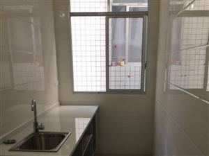 两室一厅一厨一卫一阳台