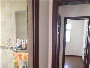华语丽都3室 2厅 2卫12000元/月