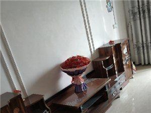 古角金泽苑4室 2厅 2卫17.8万元