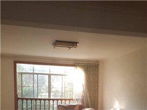 建水宏达苑4室 2厅 2卫1800元/月 2019A-953