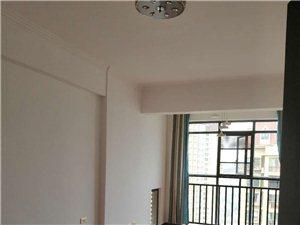 东庭花园3室 2厅 2卫1800元/月