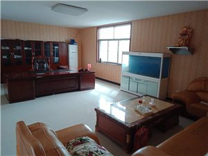 峪泉镇3组5室 4厅 2卫10000元/月