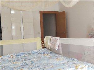涌泉街9室 3厅 3卫40000元/月