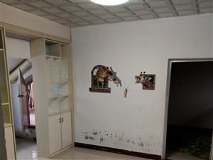 悦龙城2室 1厅 1卫700元/月