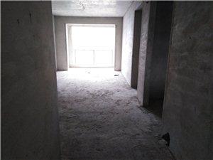 左岸3室 2廳 1衛52萬元