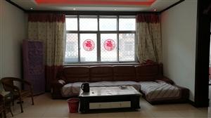 凤城一区3室 急售二楼带小房首付低